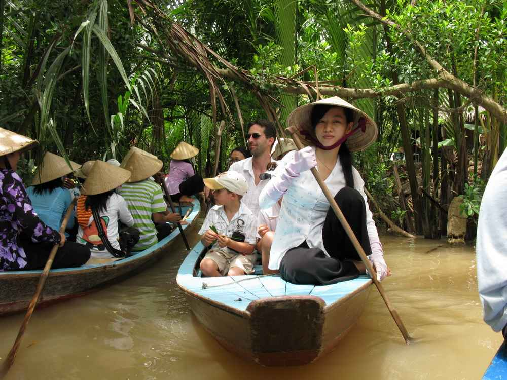 How to get from Ho Chi Minh City to Ben Tre