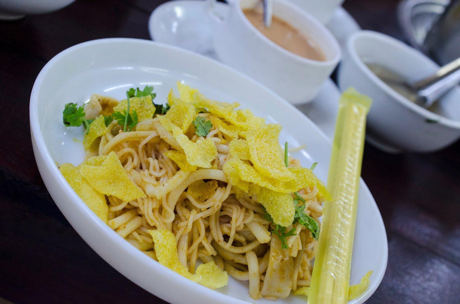 Delicious Nangyi thoke Noodle