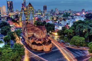 Enjoy the beautiful Saigon with well prepared safety tips