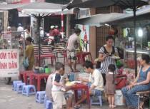 Quán cơm bình dân is everywhere in Vietnam