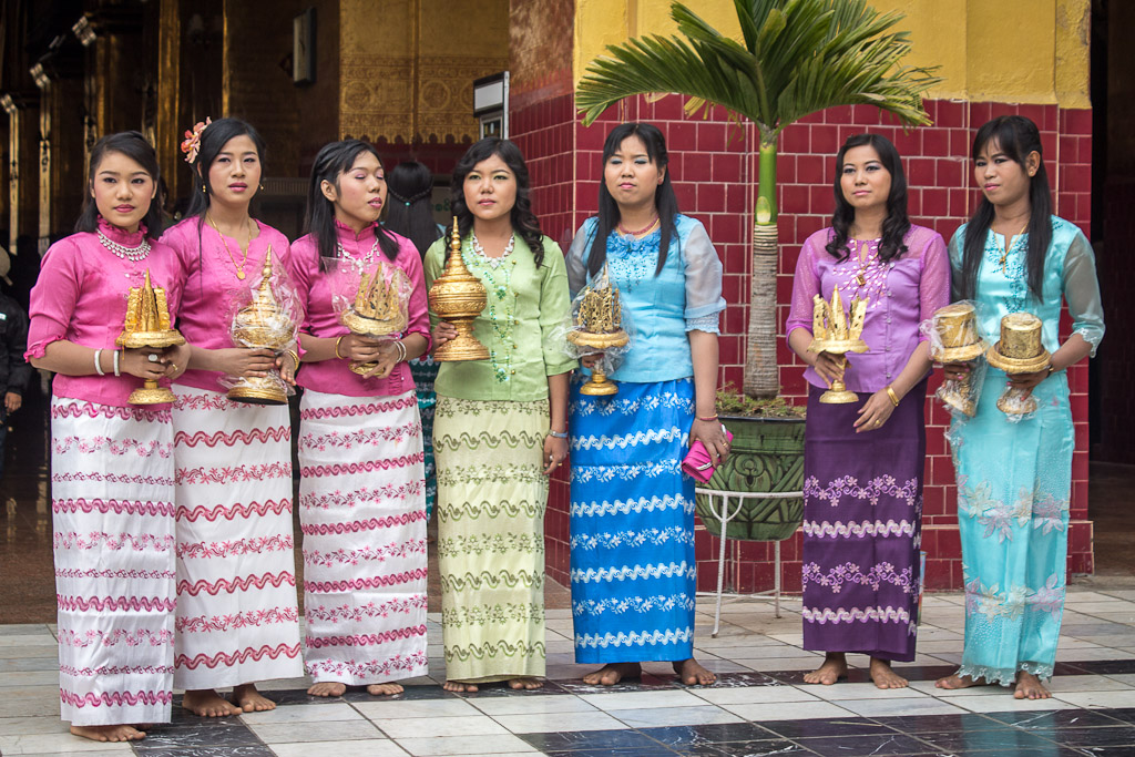 Women wear longyi