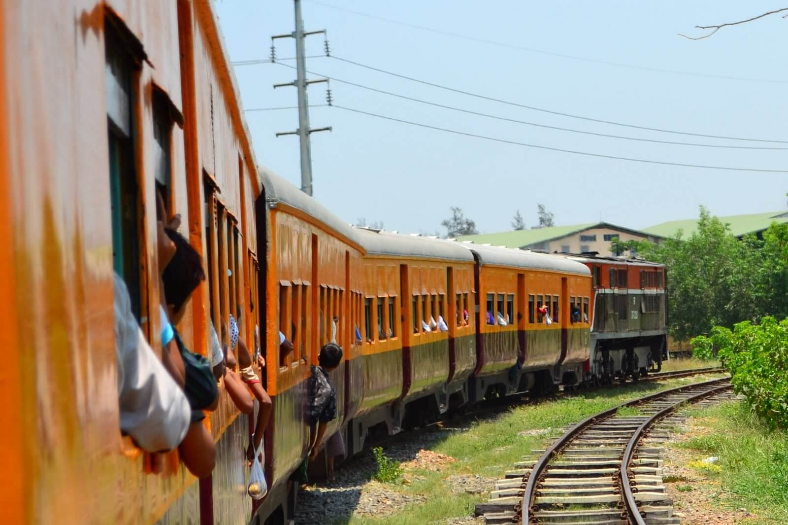 Yangon Circle Train Tour