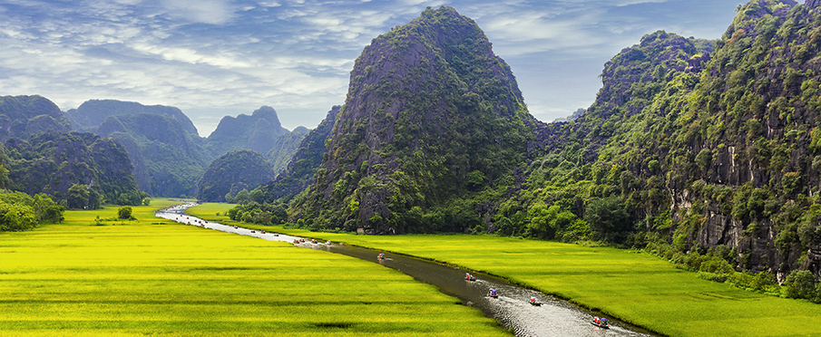 The stunning beauty of Ninh Binh