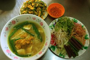 Chau Doc rice noodle soup is best served with common sesban