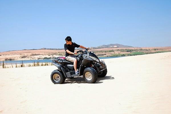 Exploring Bau Trang by terrain motorbike