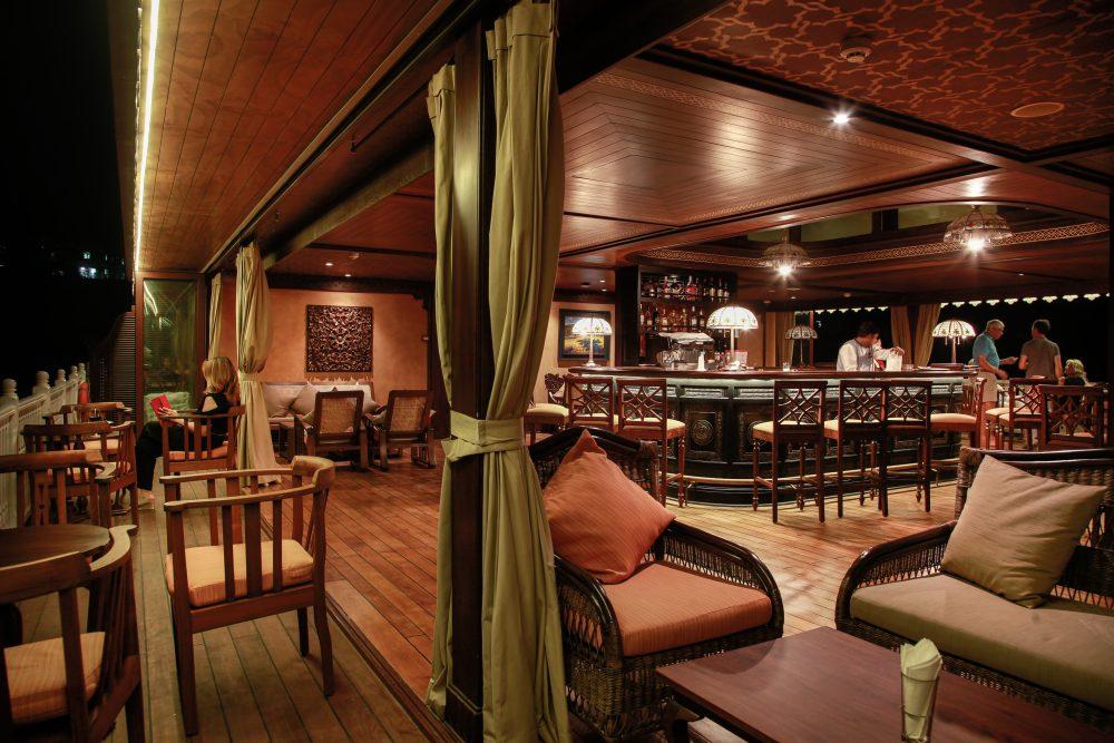 Heritage Line - MY Anawrahta - Kipling_s Bar (2)