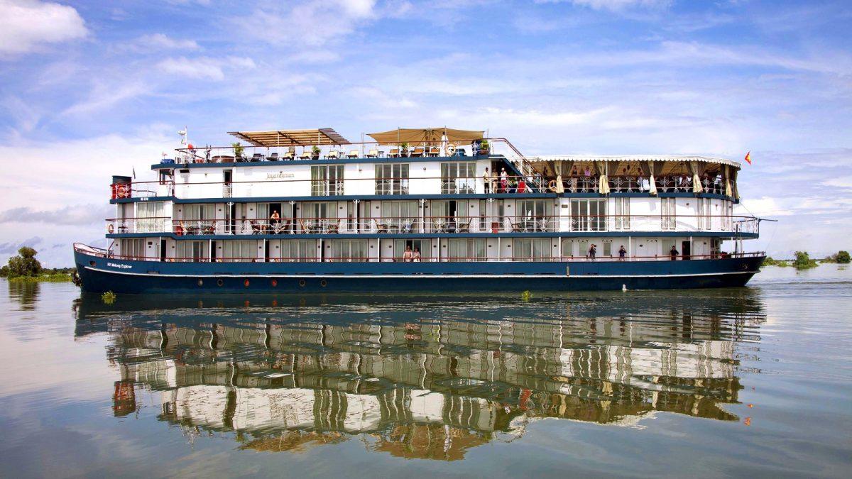 Jayavarman Boat Pictures