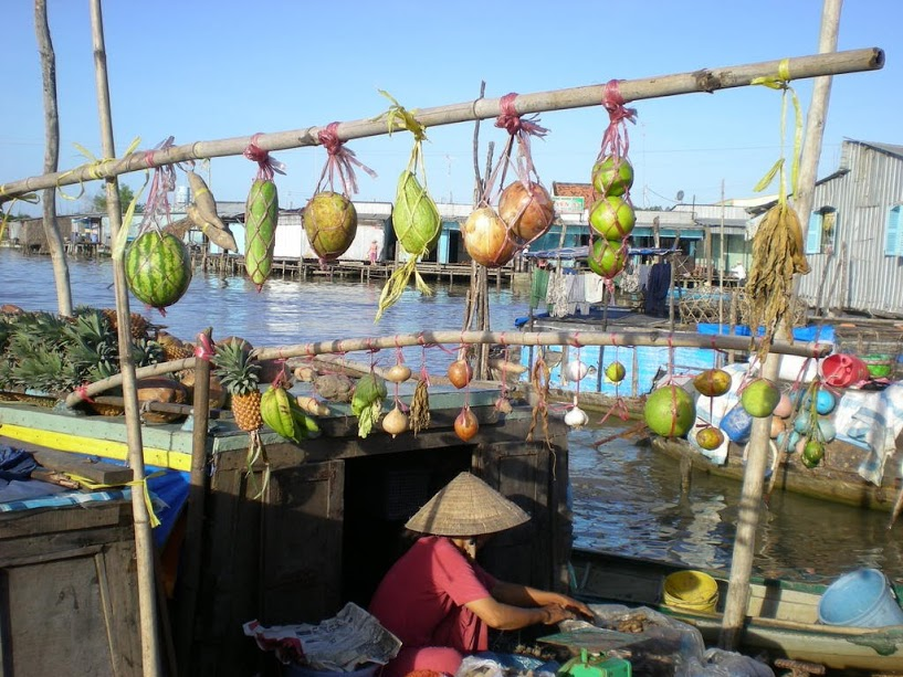 Floating market – the cultural gem of the Mekong Delta