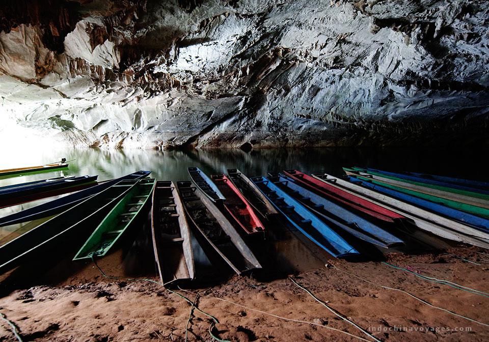 Tham Konglor Cave