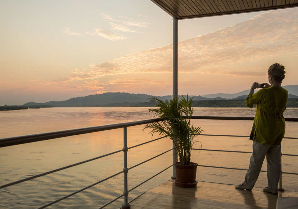 Pandaw Cruise Mekong view sunset