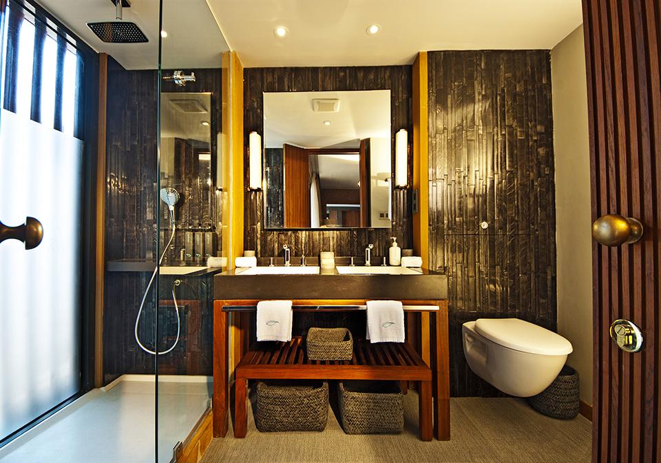 Auqa Mekong River Cruise Bathroom