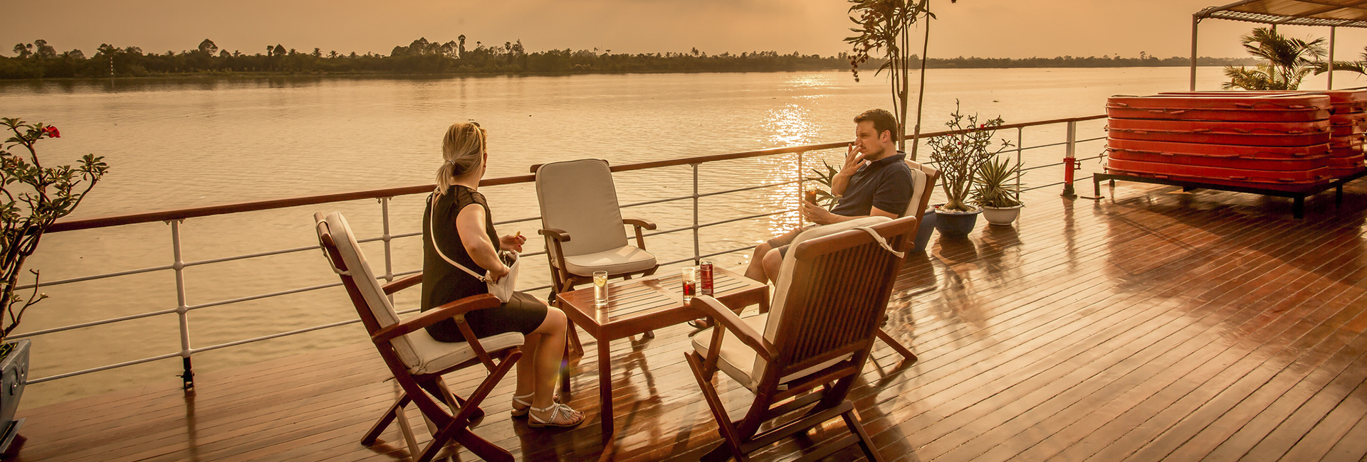 cContact us - Luxury cruise Mekong