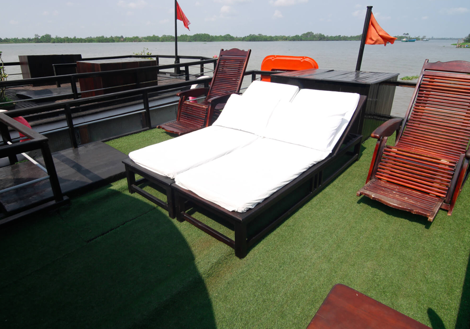 authentic Mekong cruise bacolny