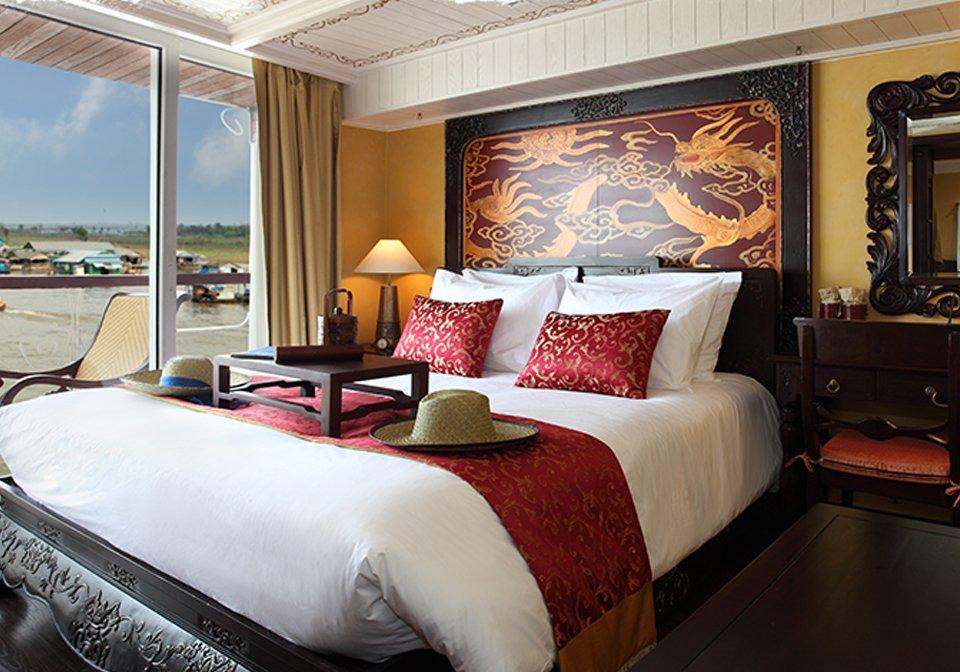 Jayavarman-cruise-bedroom