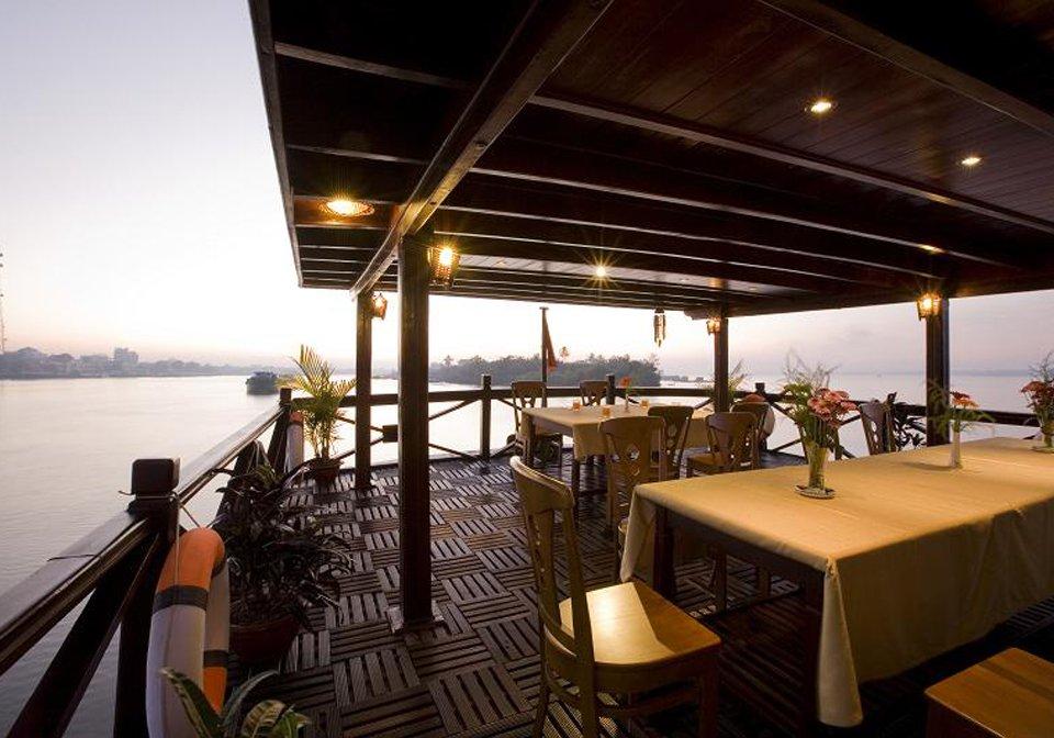 Mekong-Emotion-view-sundeck