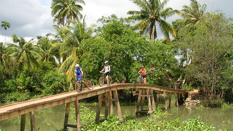 Mekong Delta biking tour